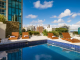 own_hotel_montevideo-piscina